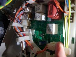 Siemens WD14H520GB/01 - Awaria zamka pralko szuszarki
