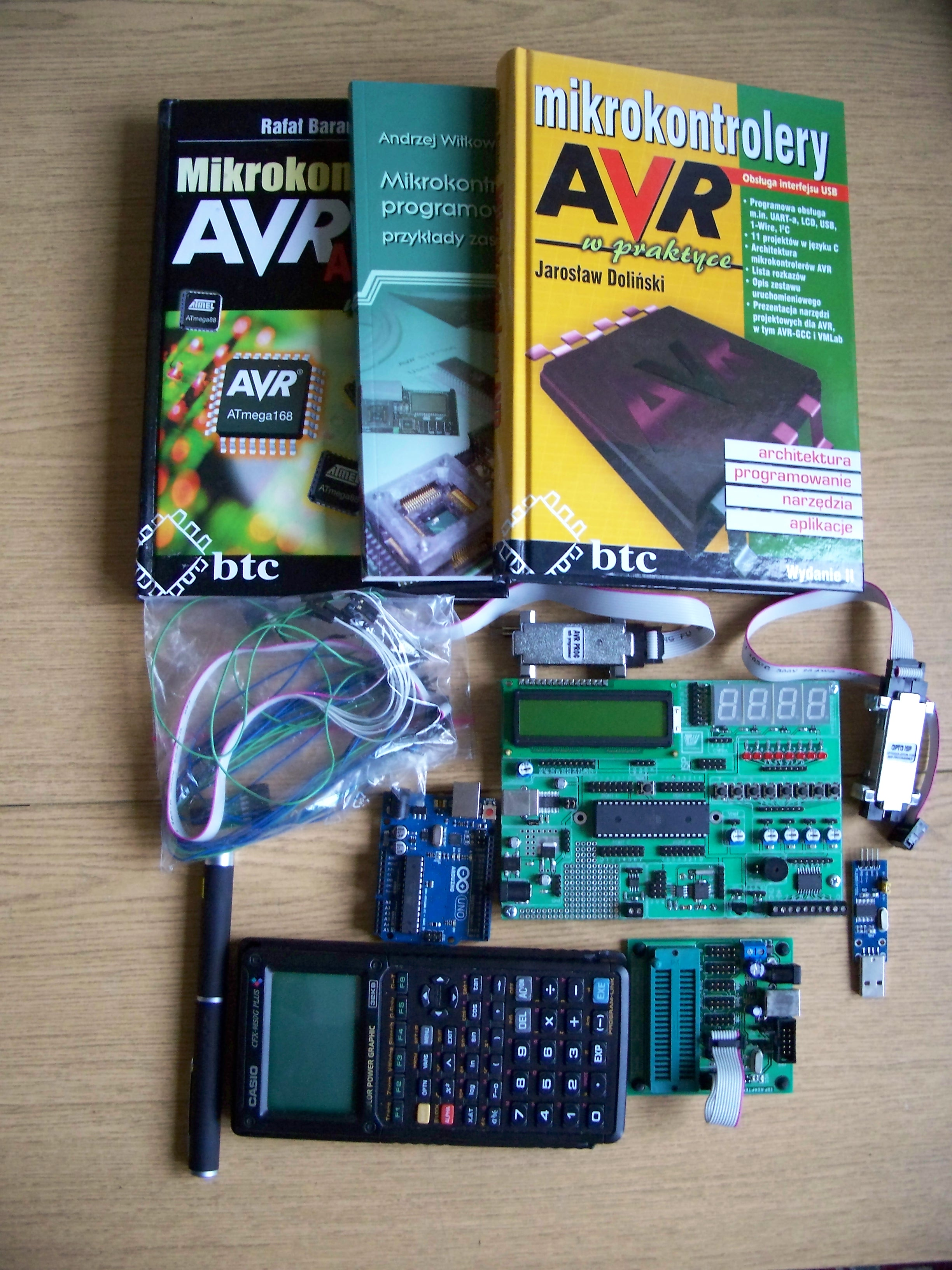 [NIEAKTAULNE] Zestaw uruchomieniowy AVR ATMEGA-16 wersja 2 + du�o gratis�w ;)