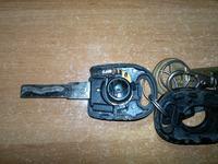 Skoda Felicja 1.3 MPI 2000r. - Uwi�ziony kluczyk w stacyjce