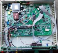 "Multimetr 4.5 cyfry ""UIRftCLT"", USB izolowane, terminal VT100"