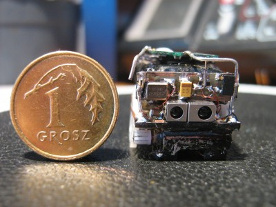 Ma�y. Robot klasy NanoSumo