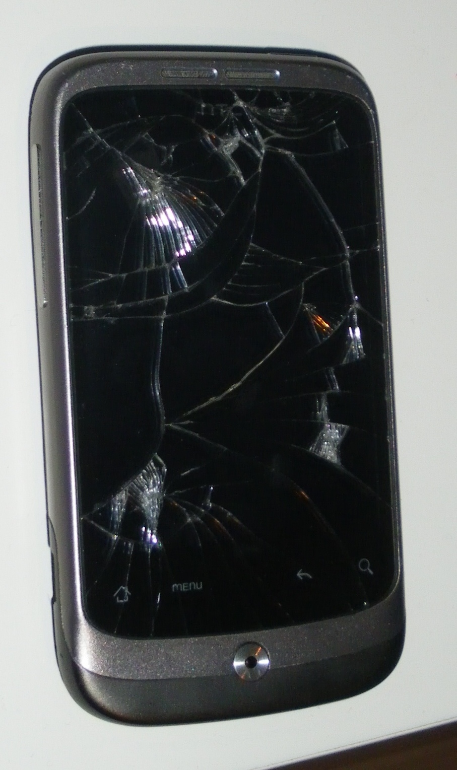 HTC Wildfire a3333 + p�kni�ty przedni panel