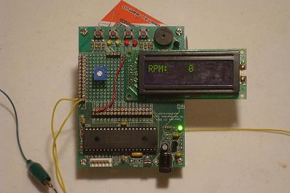 Cyfrowy obrotomierz na wy�wietlaczu LCD