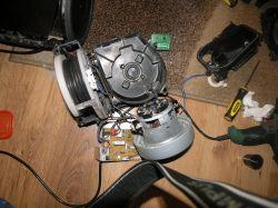 Samsung VC15F50VN3Y - demontaz, rozbiórka odkurzacza bezworkowego Samsung