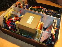 Jak zagospodarować domowe szpargały... czyli wzmacniacz stereo.