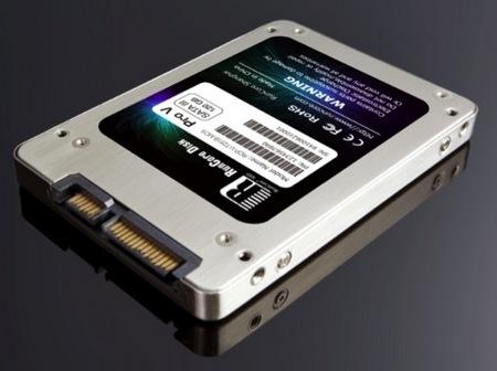 RunCore Pro-V MAX - zewn�trzny dysk SSD z interfejsem SATA III 6Gb/s