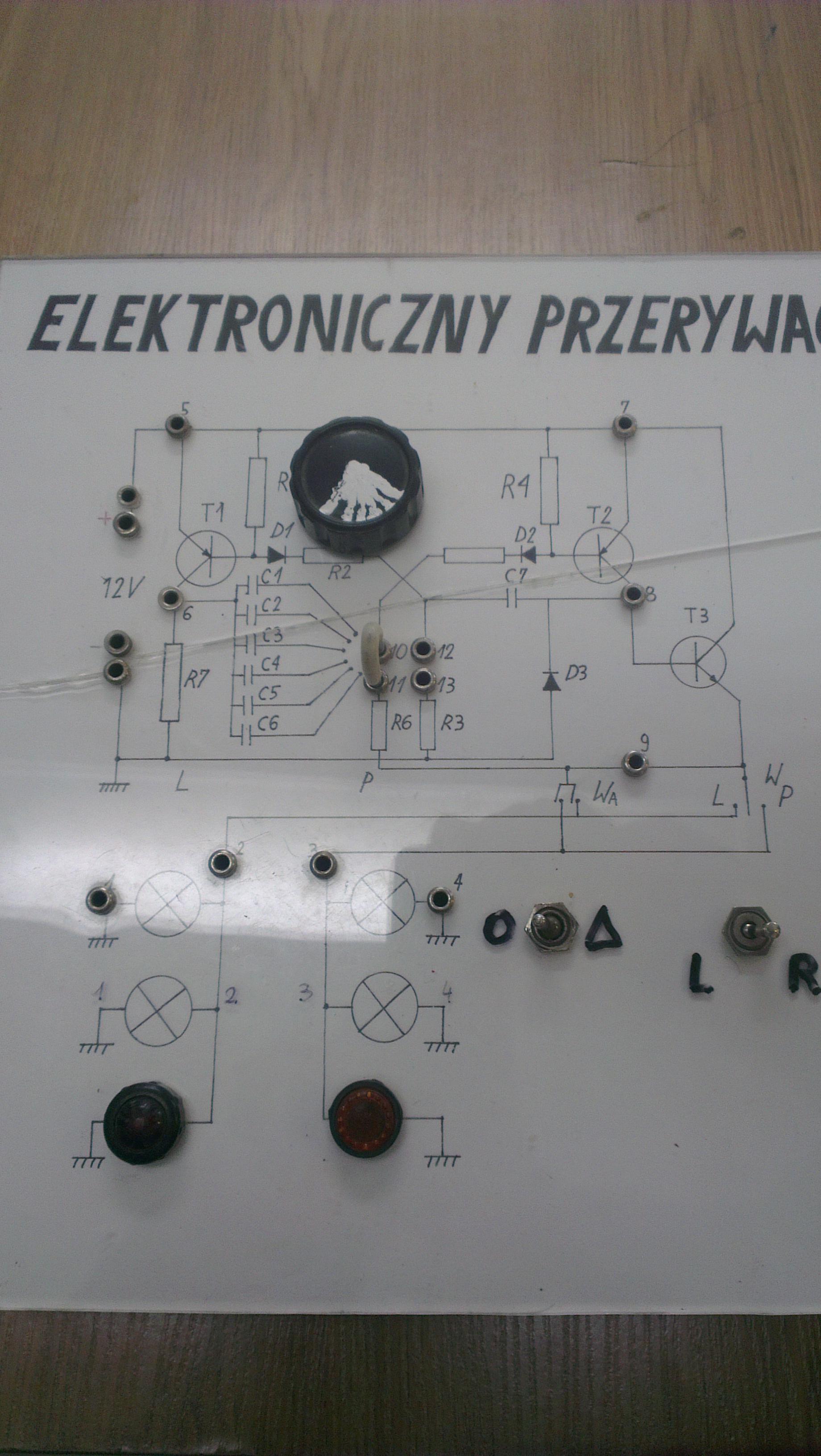 [Zlec�]Wykonanie makiet przemiennika sygna�u, przerywacza kierunkowskazu LUBLIN