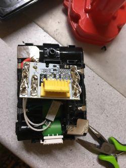 Bateria BL1830B Makita - nie ładuje po wymianie elektroniki