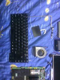 [Sprzedam] Du�o cz�ci z laptopa