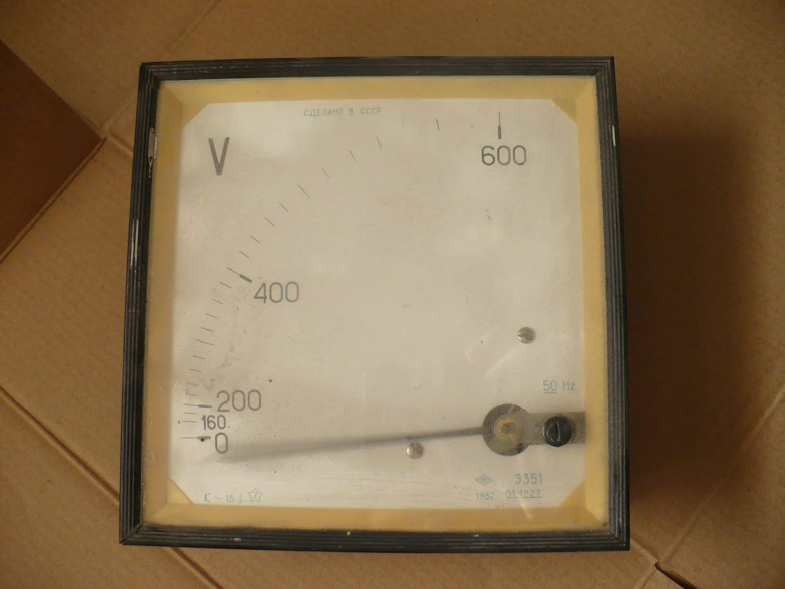[Sprzedam] Mn�stwo elektroniki, kondensatory, generatory, woltomierze, tanio