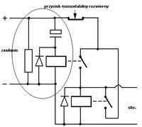 Odłączanie zasilania przyciskiem monostabilnym (impulsem).