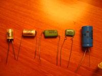 Zasady oznaczeń kondensatorów