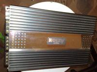 Wzmacniacz 4-kanałowy, 70 watów z tyłu