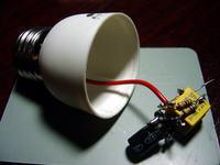Coś z niczego, czyli żarówka LED ze śmieci.