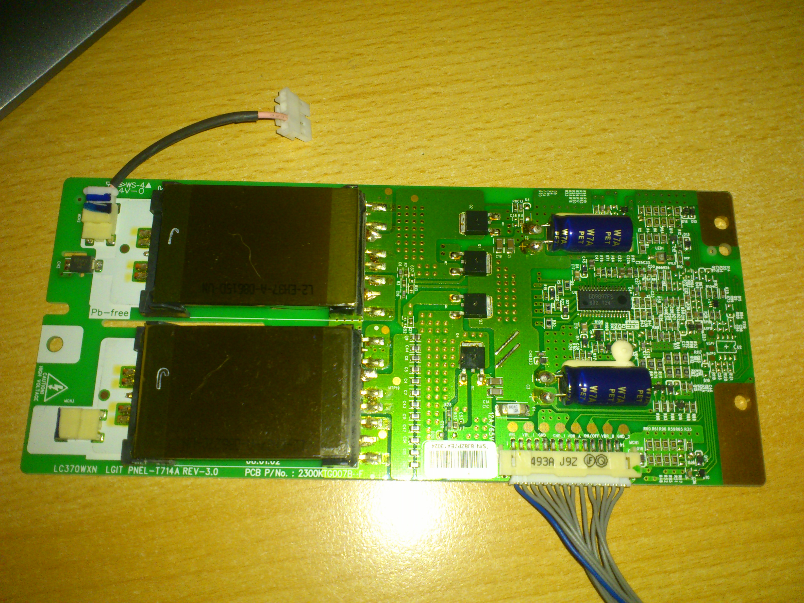 LG 37LG3000 - Brak pod�wietlenia - inwerter czy �wietl�wka?
