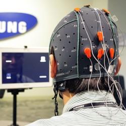 Samsung pracuje nad sterowaniem urz�dze� przeno�nych my�lami