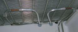 Lodówka Whirlpool ARC 5712 - dodatkowe pętle w komorze zamrażalnika