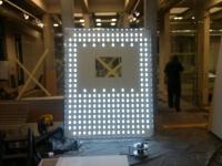 Podświetlany sufit lub panel świetlny LED