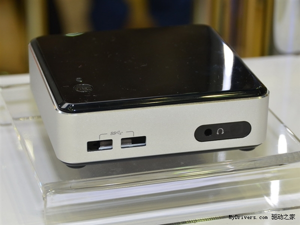 Intel NUC D54250WYK - miniaturowy komputer z Haswell, HD 5000 i obs�ug� 4K