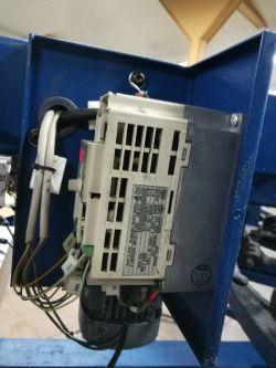 Inwerter Yaskawa CIMR-J7AZ20P4 uszkodzony przekaźnik DSP1-DC12V-R