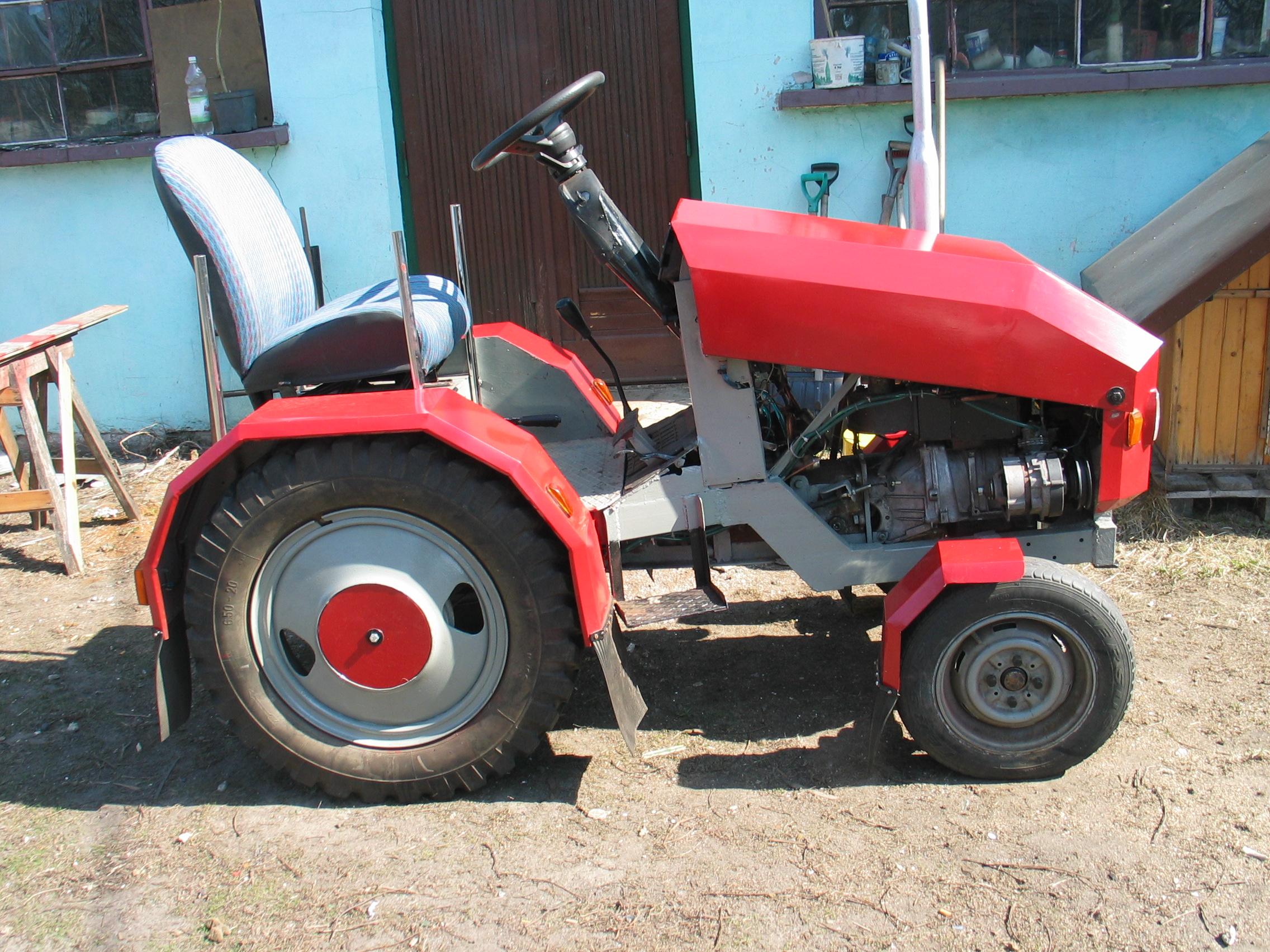 Moj maly traktorek SAM z Fiata126p