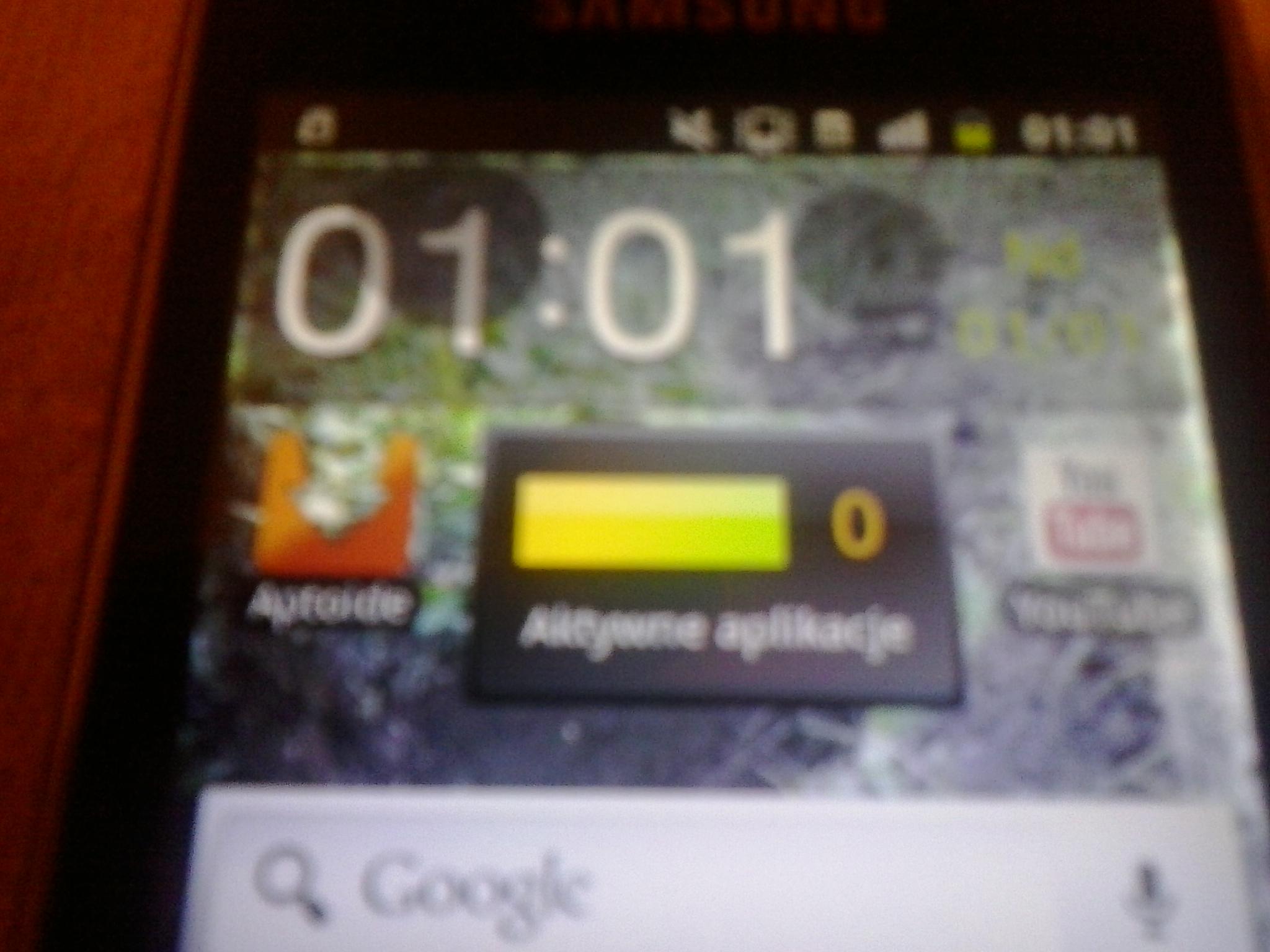 Samsung Galaxy Mini II - Czarna plama na telefonie