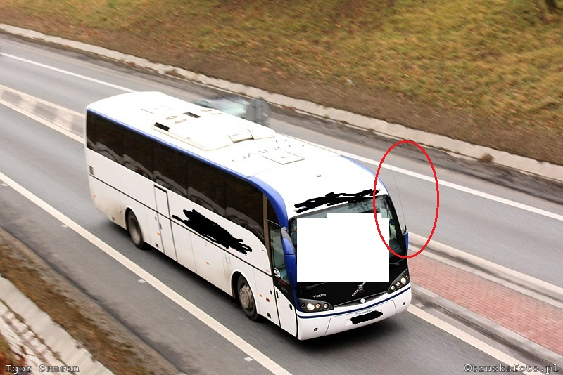 Uniden 520 XL + LEMM AT-72 MAGNUM + autobus Volvo