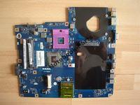 Emachines e525 - Laptop włącza sie na 5 sekund i wyłącza