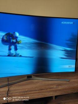 SAMSUNG UE55KU6670S CURVED - Smuga/plama na ekranie