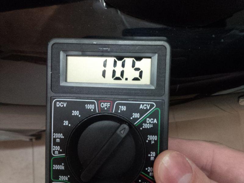 Piaggio x9 125cc 2003 r. - Niskie napięcie alternatora i regulatora napięcia...