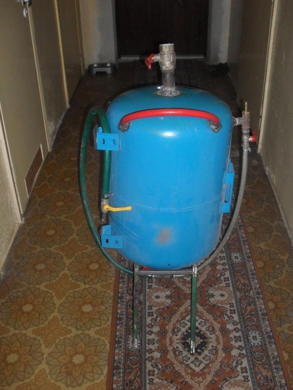 Piaskarka domowej roboty z hydroforu
