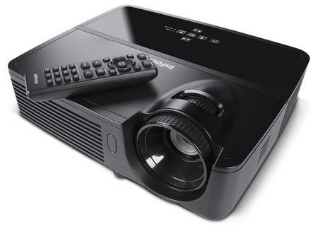 InFocus wprowadza IN122 i IN124 - ma�e, lekkie i tanie projektory DLP