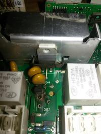 Pralka Indesit XWA 71251 - Padł moduł oraz blokada drzwi