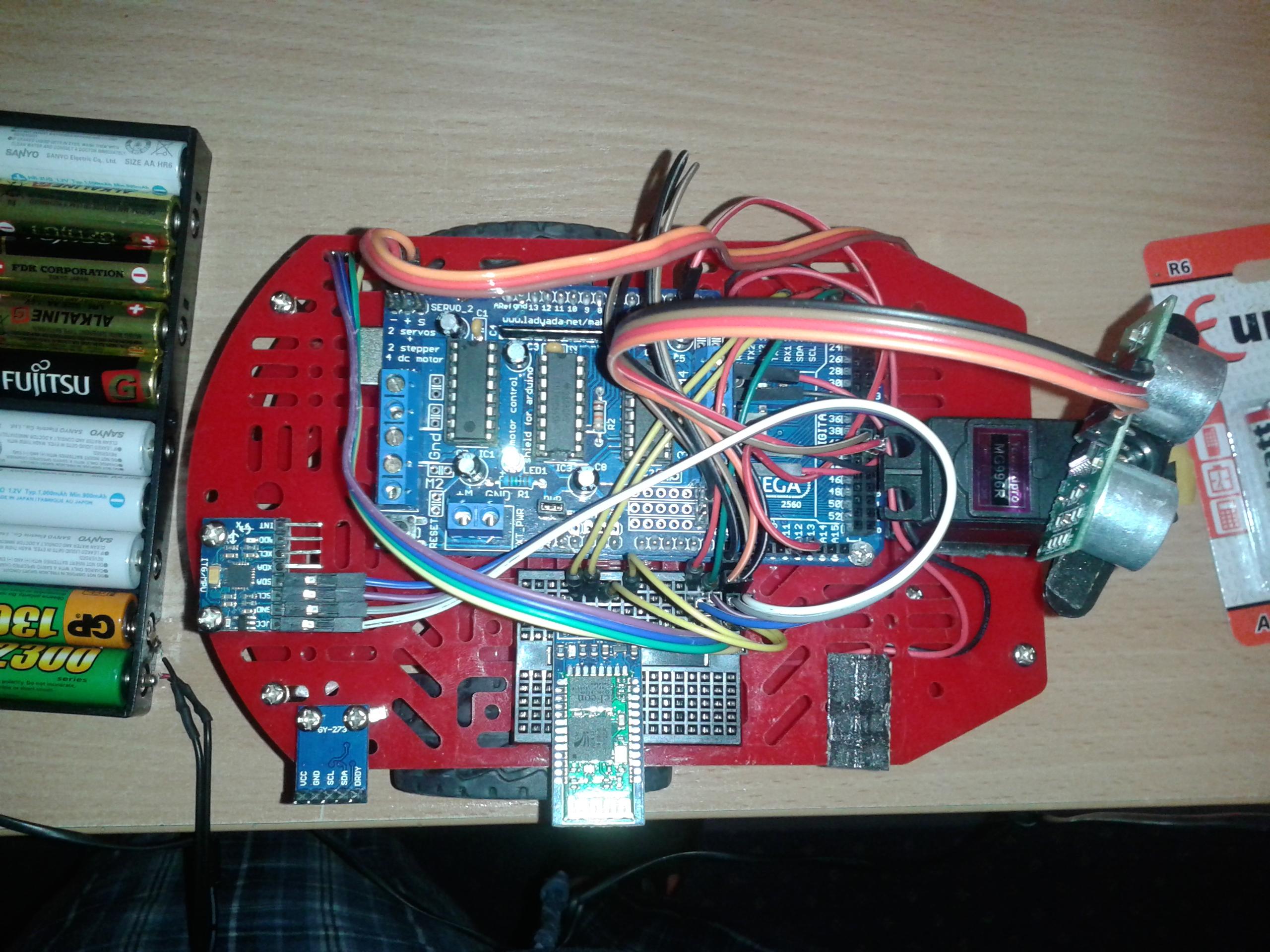 Arduino MEGA - Arduino MEGA + akcelerometr + silnik = zak��cenia