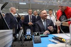Robot Lutowniczy REECO wygrywa z Mistrzem Polski w Lutowaniu