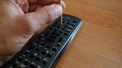 Jak naprawić pilota RTV skutecznie, szybko bez wysiłku i nakładów