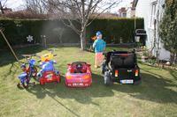 Peda� gazu, samochodzik zabawkowy