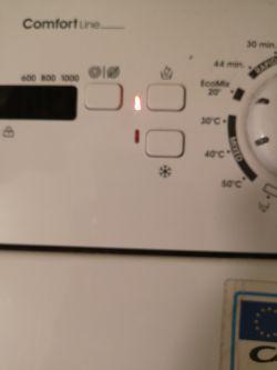 Pralka Candy CLT360-S przerwała pranie, wyświetla błąd