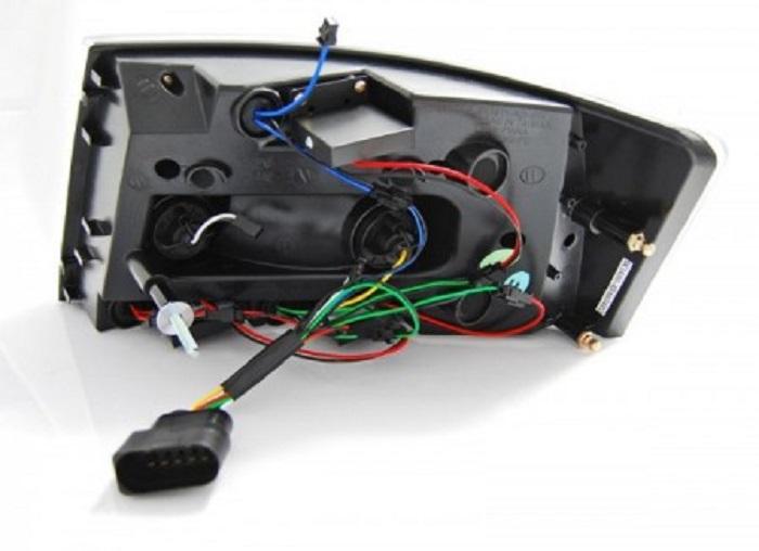 Audi A6 C6 2006r Wymiana Tylnych Lamp Na Led Black Led 7 Pin