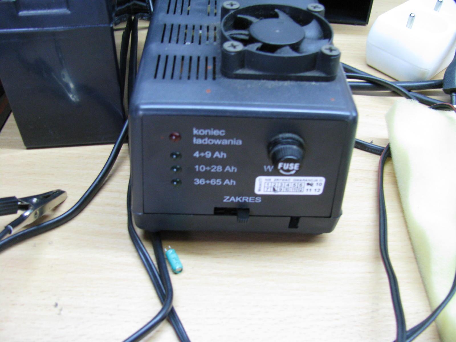 �adowarka automatyczna akumulatora �elowego, jakie napi�cie?