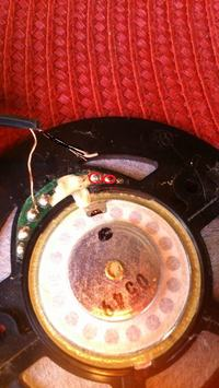 Kabelki w słuchawkach Sony ZX300...