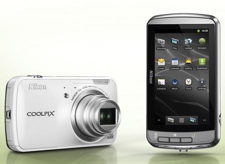 Nikon CoolPix S800c - aparat cyfrowy na platformie Android