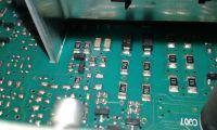 Indesit IWSD 61051 - zalana wtyczka silnika, pralka nie odwirowuje prania