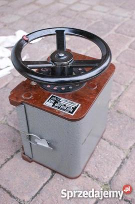 Tabliczka znamionowa starego niemieckiego silnika odczyt parametr�w