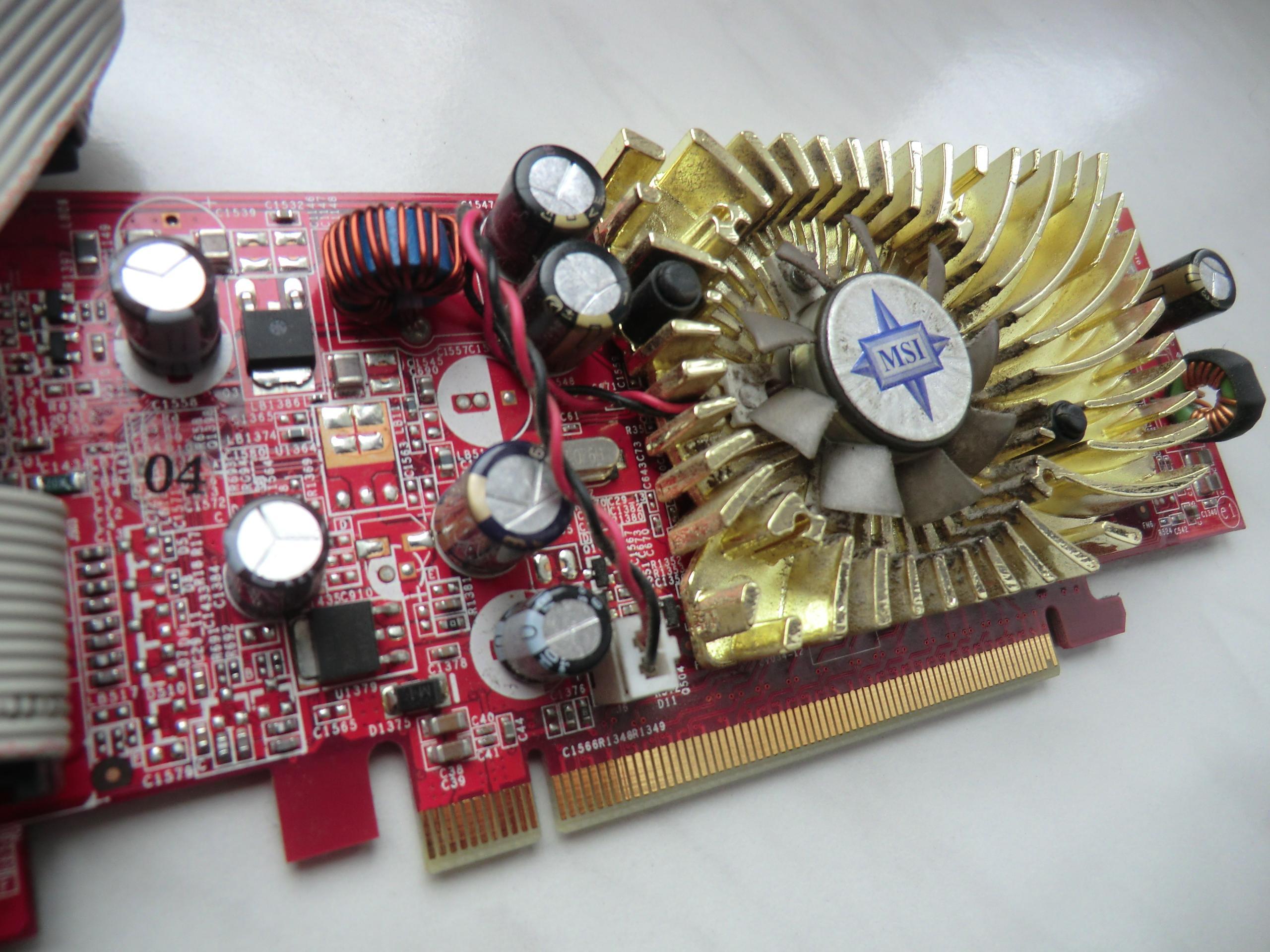 [Sprzedam] Komputer: Sempron3000+ 512MB/160GB SATA GF7300GS 256MB