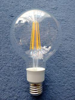 Moje świetlówki kompaktowe (przerobilem na lepsze) 11 rok testu trwa.