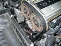 Opel Vectra B 2.5 V6 z 1996 r. coś hałasuje