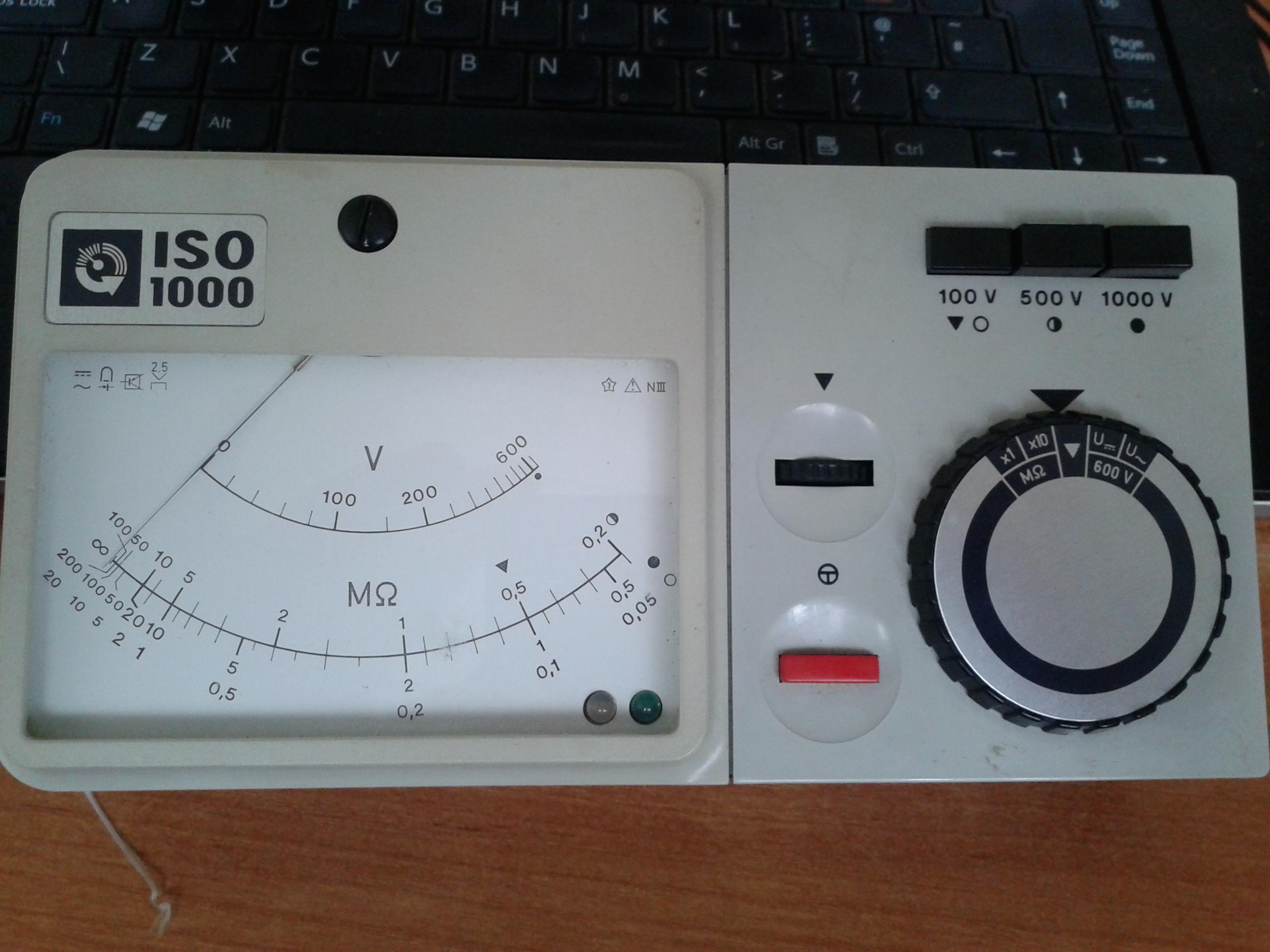 Isolationsmesser ISO 1000 - Miernik do pomiaru rezystancji izolacji obs�uga
