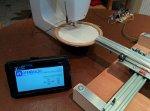Maszyna da haftowania sterowana przez tablet