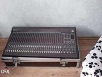 """[Sprzedam] Sprzedam LDM PDP 815v - 1szt 4r. 1000zł, mikser 32 i """"wzmacniacz"""